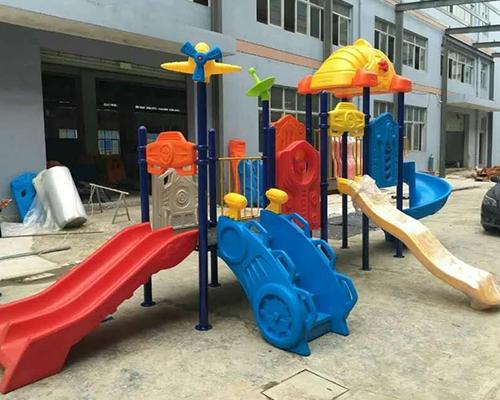 儿童滑梯定制案例